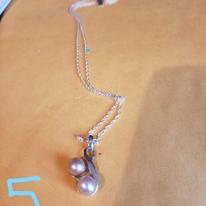 Vantel Pearls French Twist Necklace